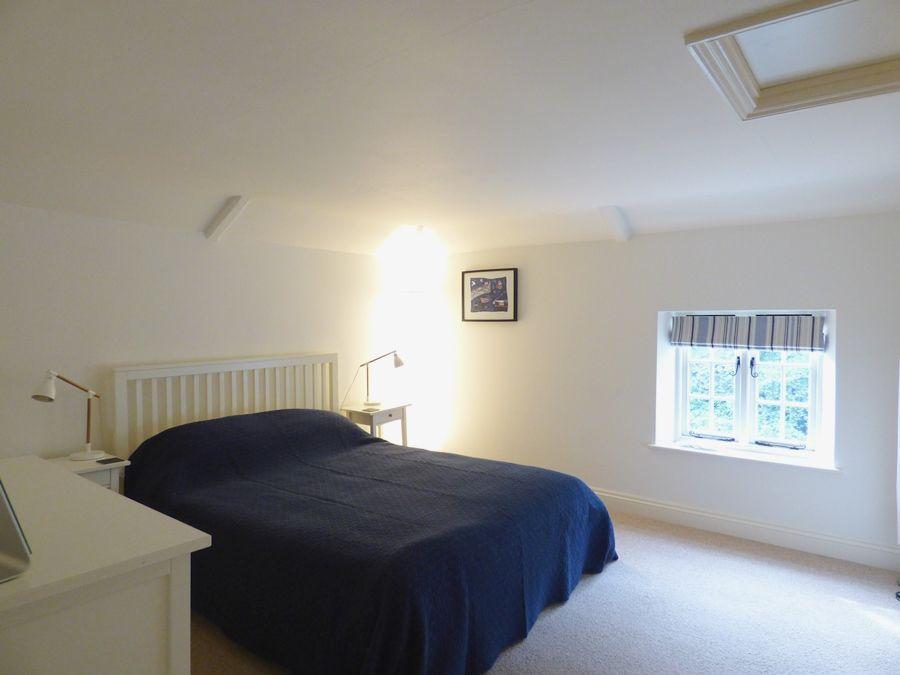 Red Brick Cottage | Bedroom 2