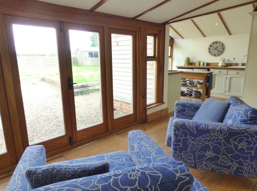 Red Brick Cottage | Kitchen sofas