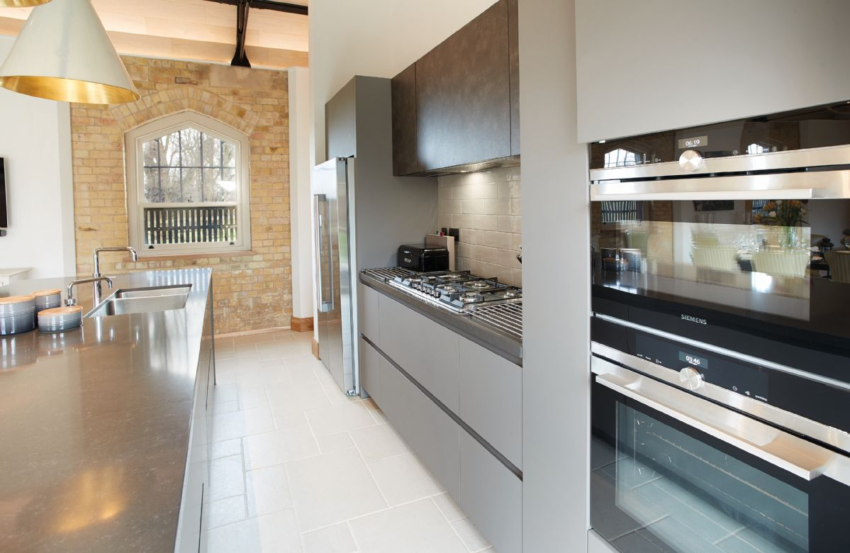 Exeter Wing: Open plan kitchen