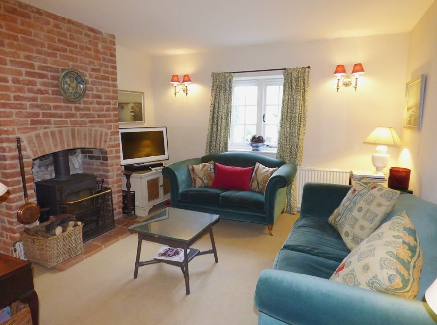 Pebble Cottage Docking Road | Sitting room