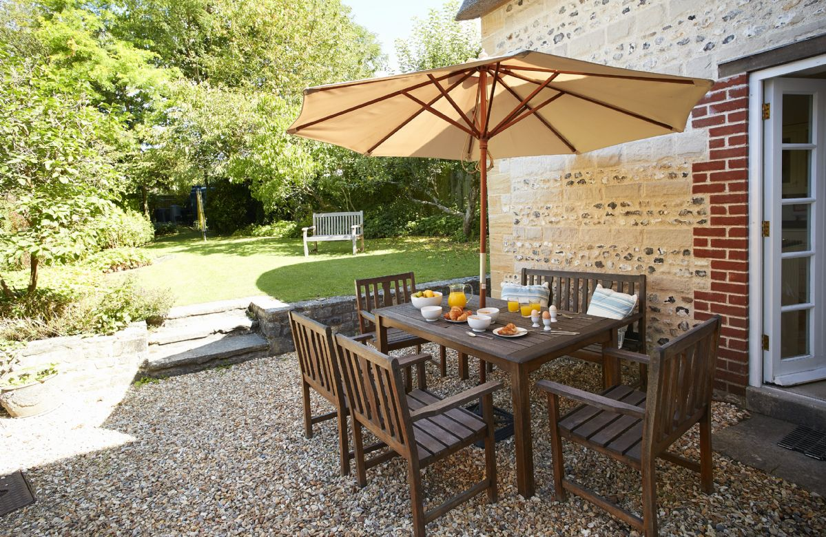 Lovely rear garden with garden furniture