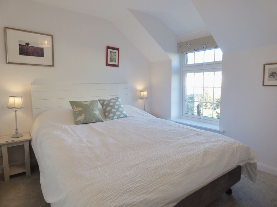 Kitts Cottage | Bedroom 2