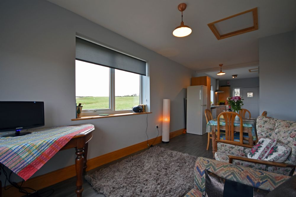 Budle Bay Cottage   Budle Bay   Northumbria Coast & Country