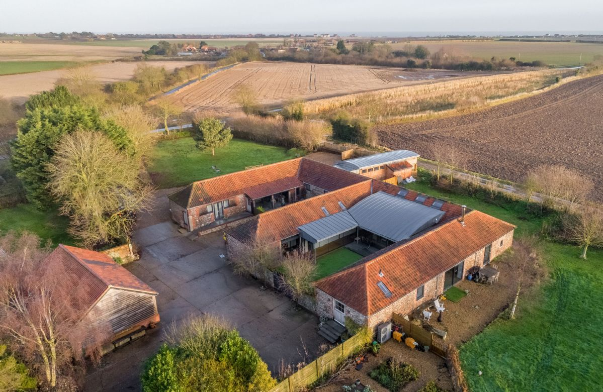 Big Sky Barn and Bromholm Barn occupy a stunning location surrounded by farmland