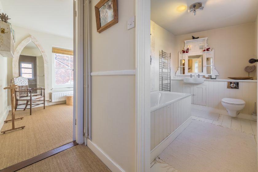 First floor: Large bathroom