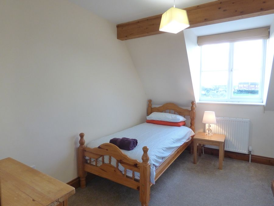 The Sidings   Buffers End   Bedroom 3