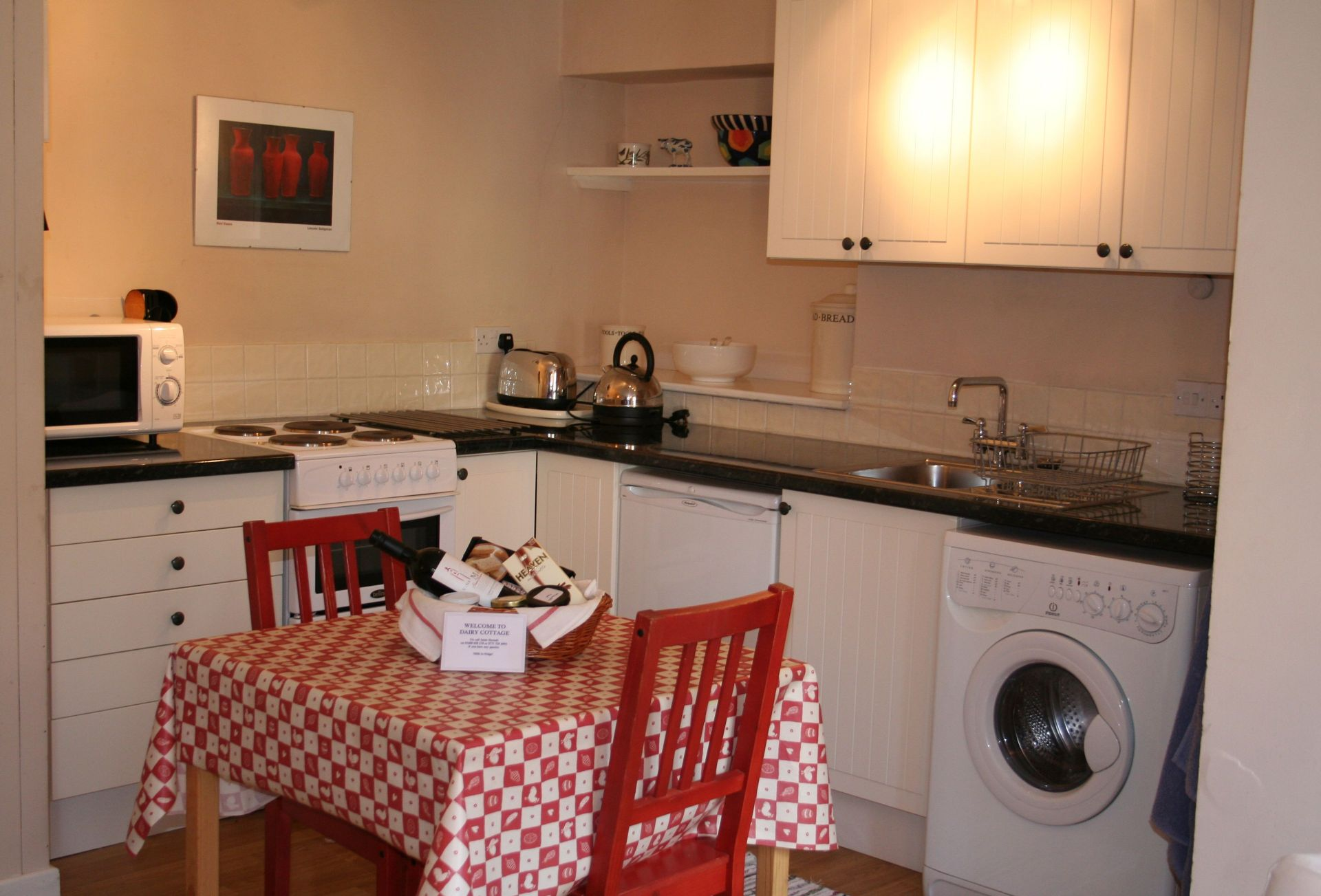 A view of the fully-fitted Kitchen