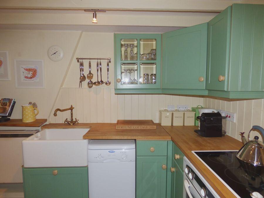 Fortune Cottage   Kitchen