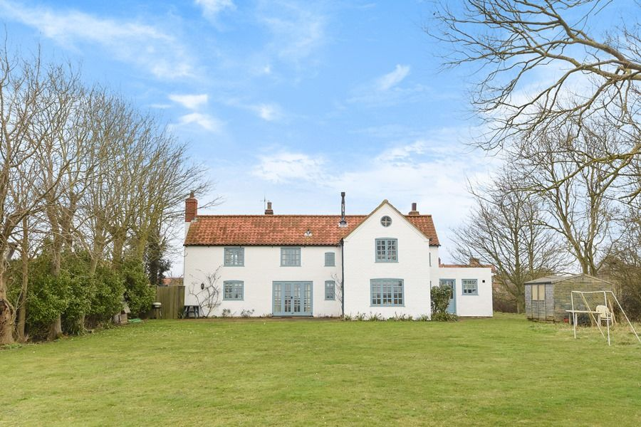 Coastguard's Cottage | Rear view from garden