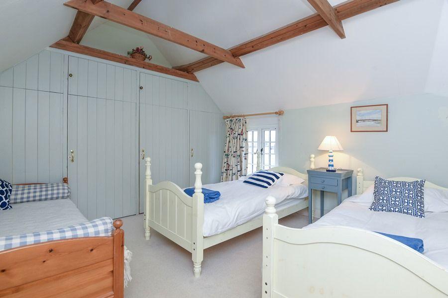 Coastguard's Cottage | Triple room