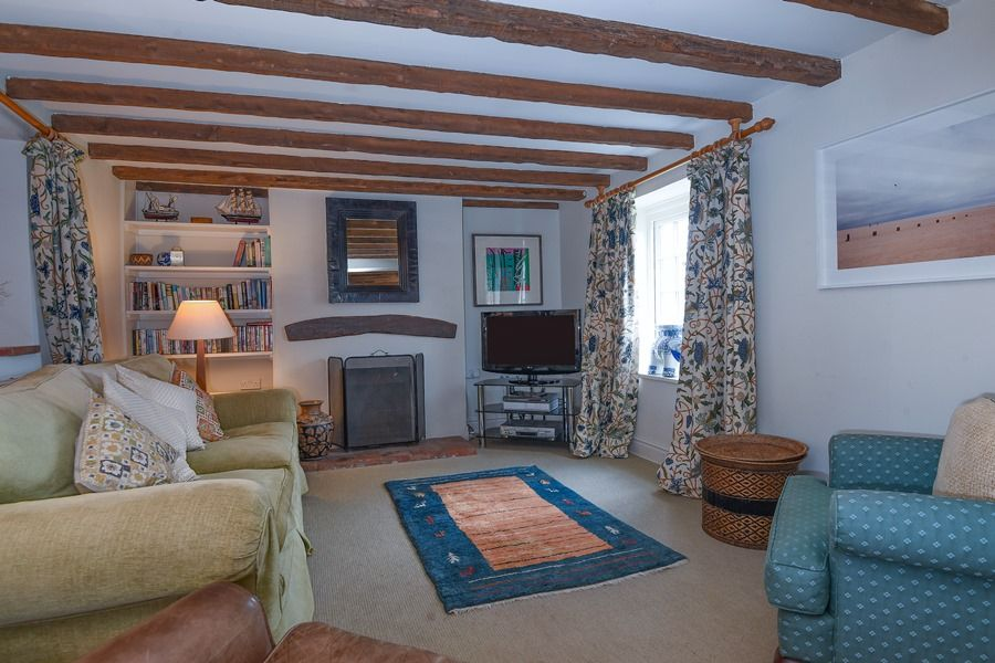 Coastguard's Cottage 3 bedrooms | Sitting room 2