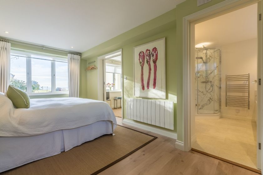 Ground floor: Bedroom with 6' super king bed that can be made up as two singles on request