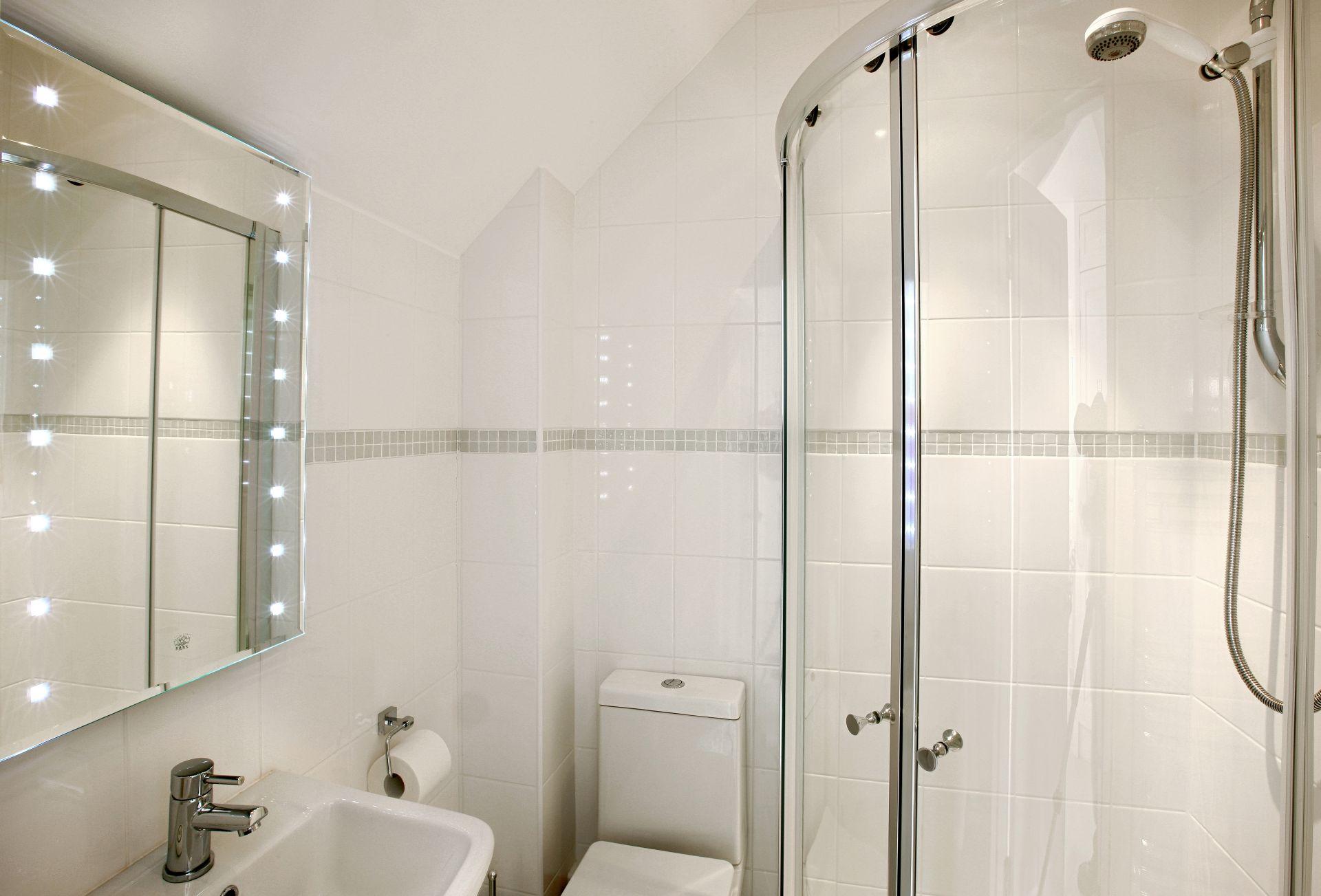 First floor: En-suite shower room to the first floor double bedroom
