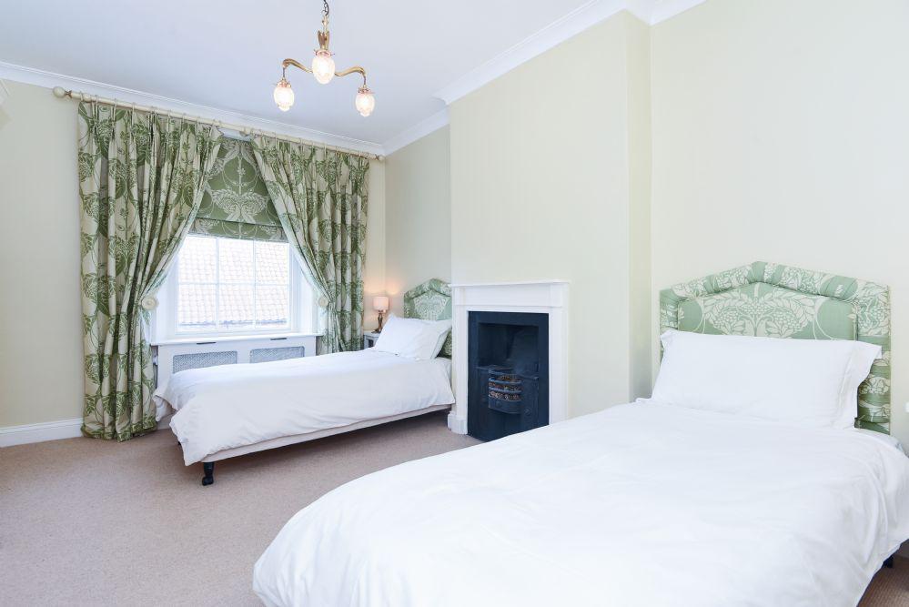 Estcourt House 5 bedrooms   Bedroom 3