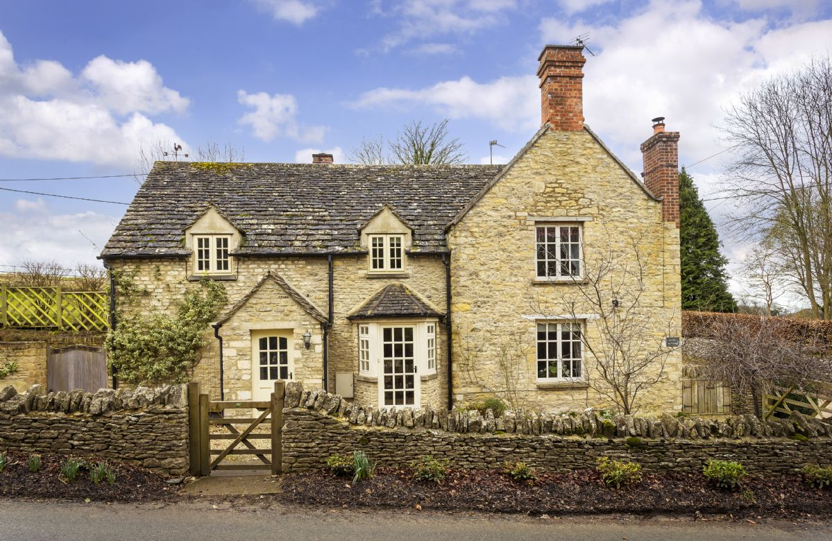 Hope Cottage (Quenington), Gloucestershire, England
