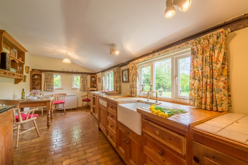 Ground floor: Kitchen with small dining area