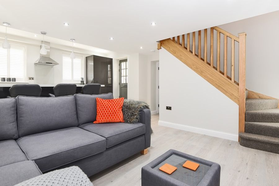 Bliss Cottage | Sitting area and stairs