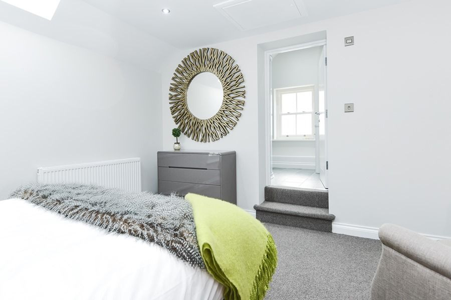 Bliss Cottage | Bedroom 1 thro to en suite