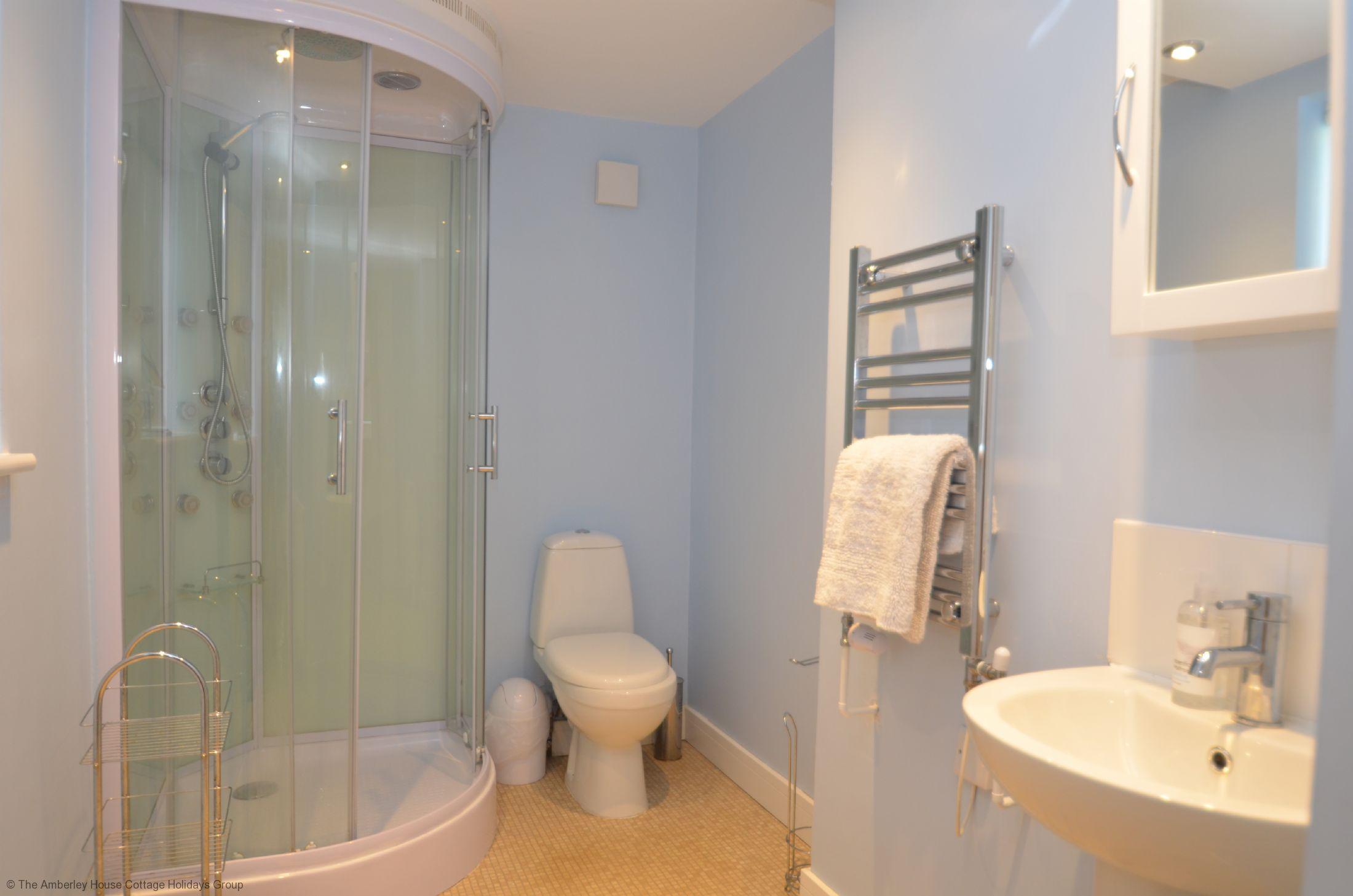 Ground_floor_shower_room