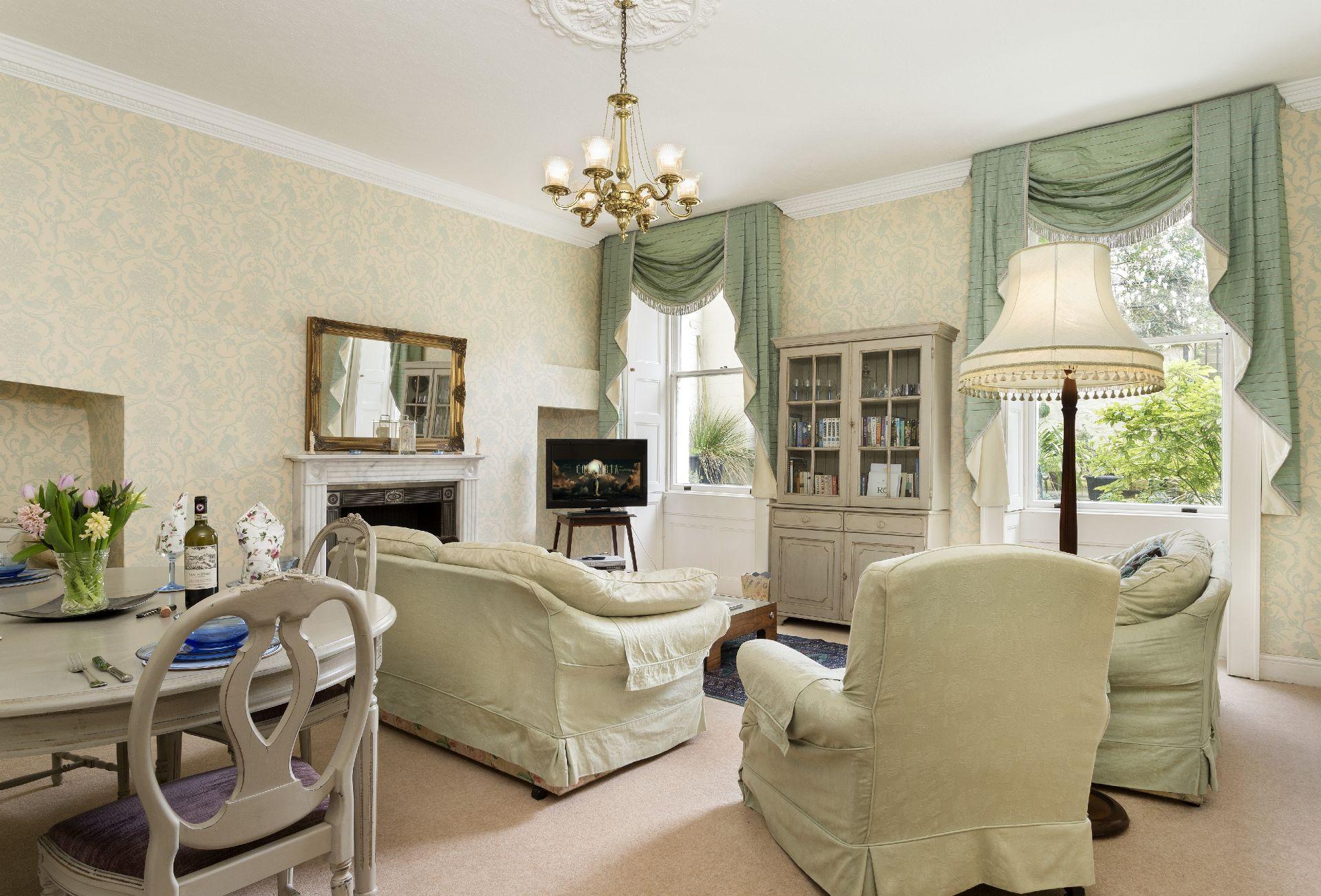 Lower ground floor:  Sitting/dining room