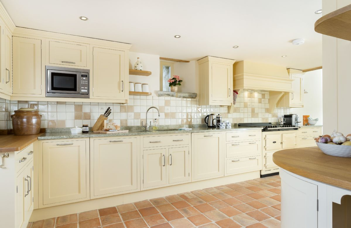 Ground floor: Fully fitted kitchen with electric AGA