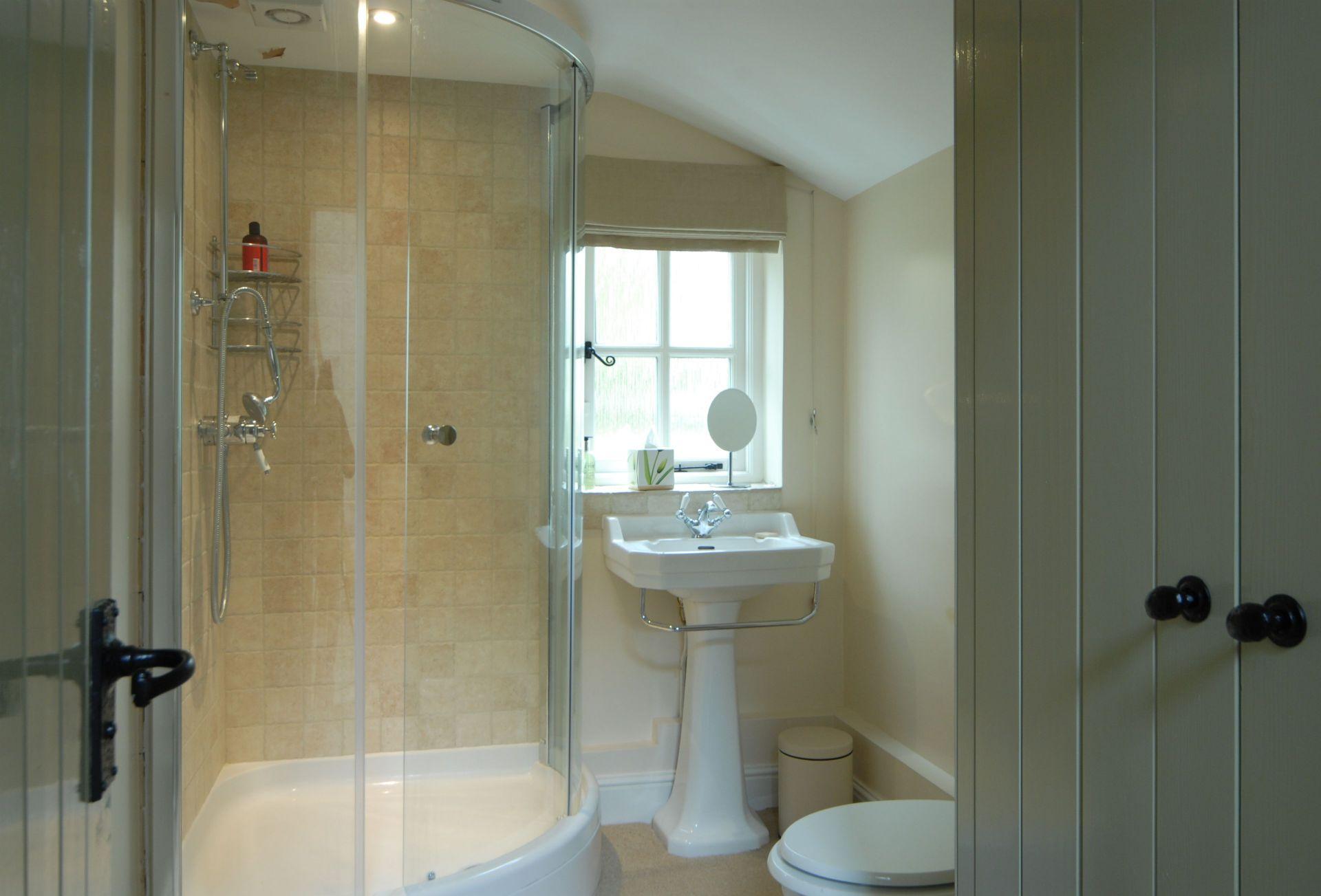 Annexe ground floor:  En-suite shower room