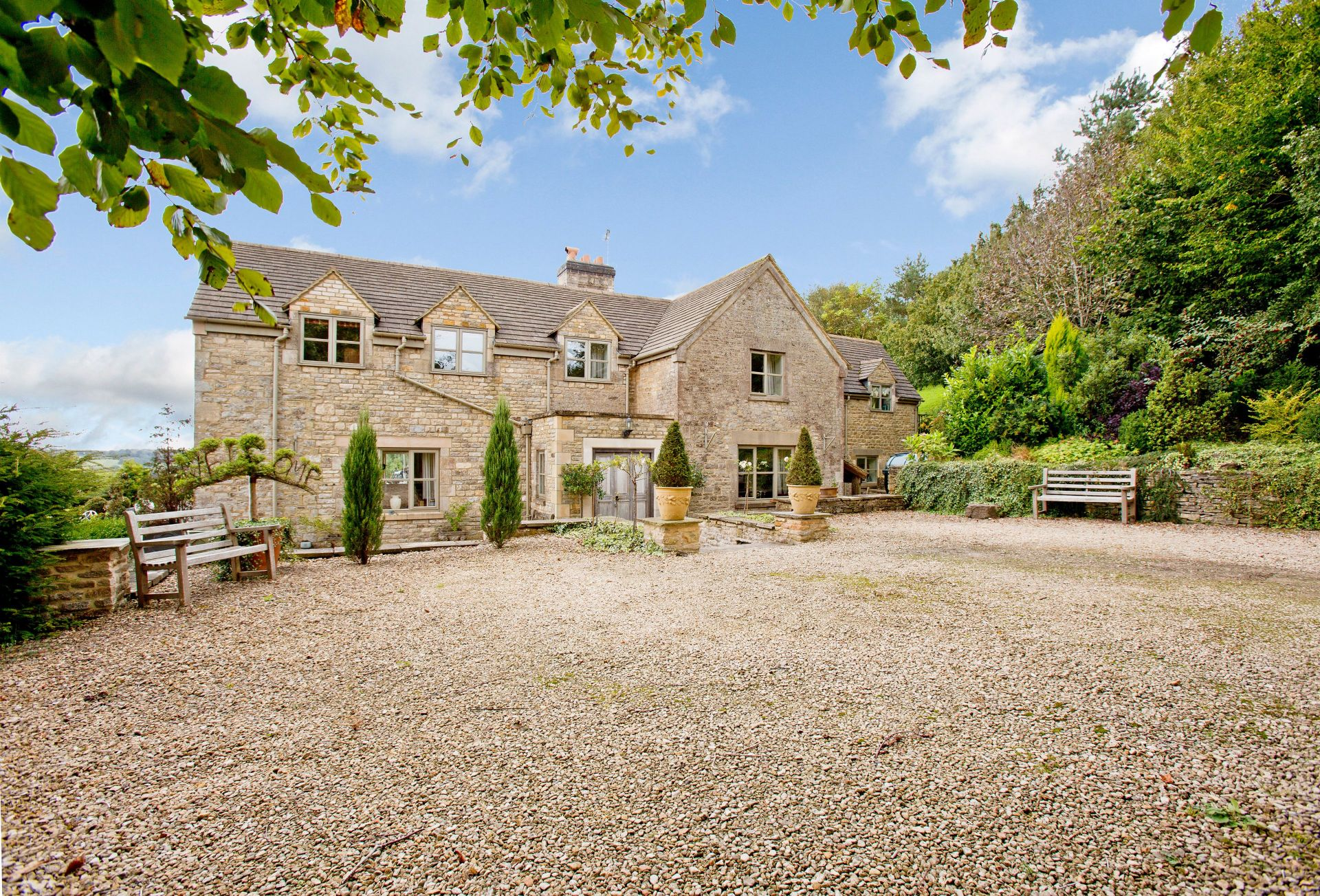 Springfield Country House is an undeniably stunning property with breath-taking views of the stunning rural Cotswolds