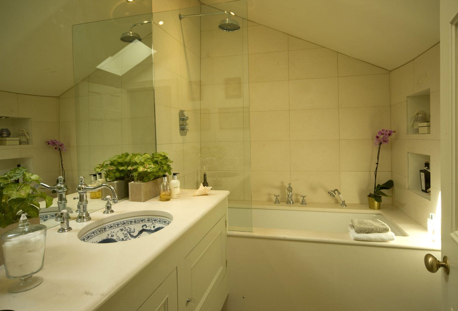 View of the en-suite Shower Room