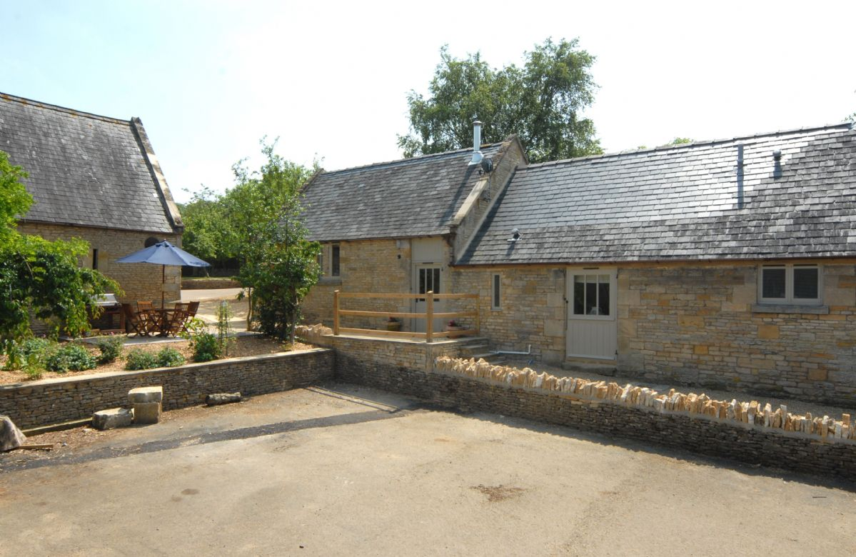 Ample parking is available at Nellies Barn