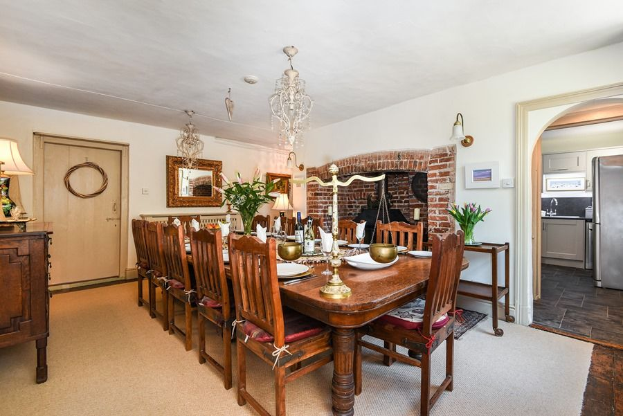 Holland House 3 bedrooms | Dining room
