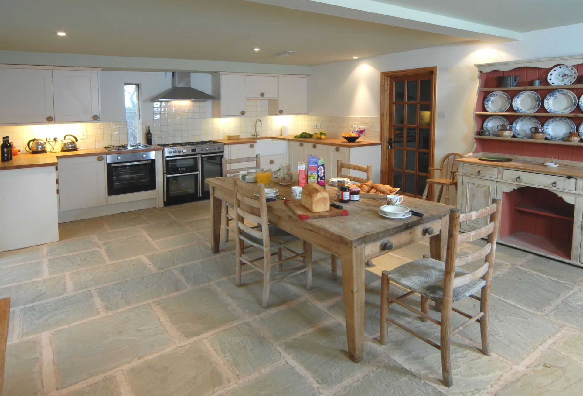 Watery Park Barn Ground floor: Large kitchen with dining area