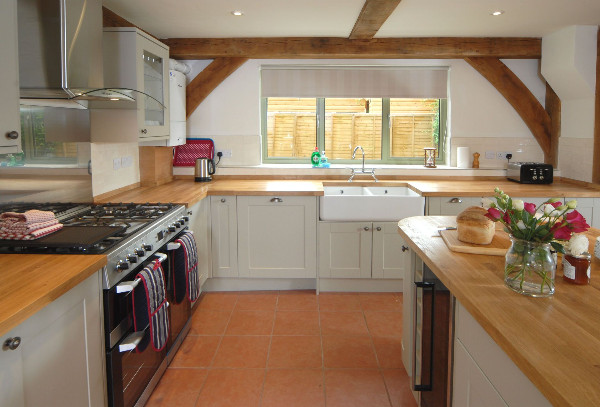 Hiron's Piece: Another view of the Kitchen