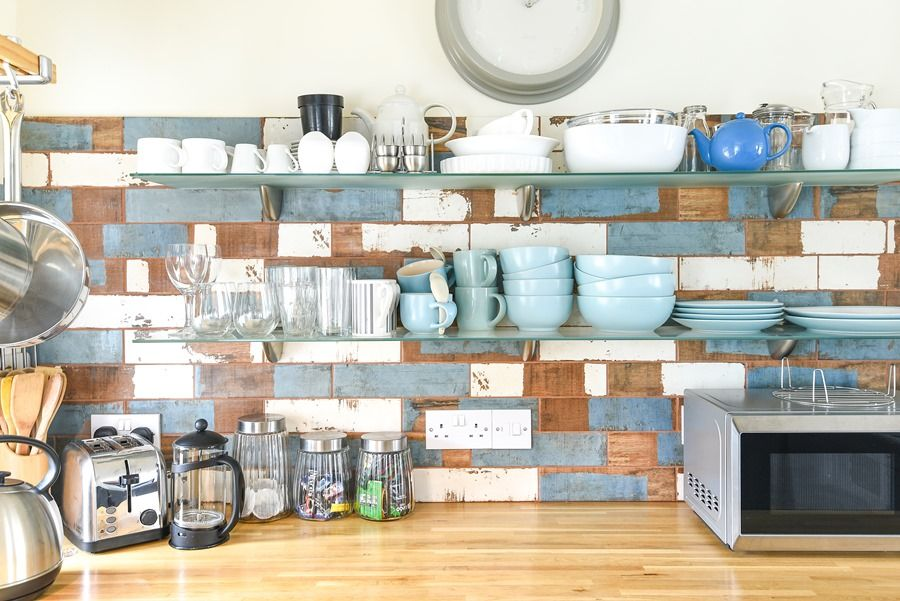Beech Cottage | Kitchen shelf