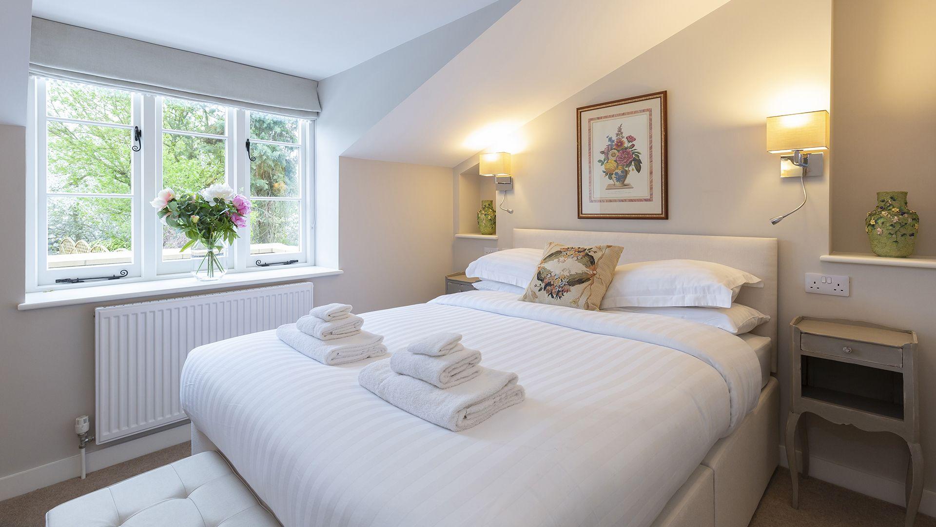 Master bedroom, 14 Vineyard Street, Bolthole Retreats