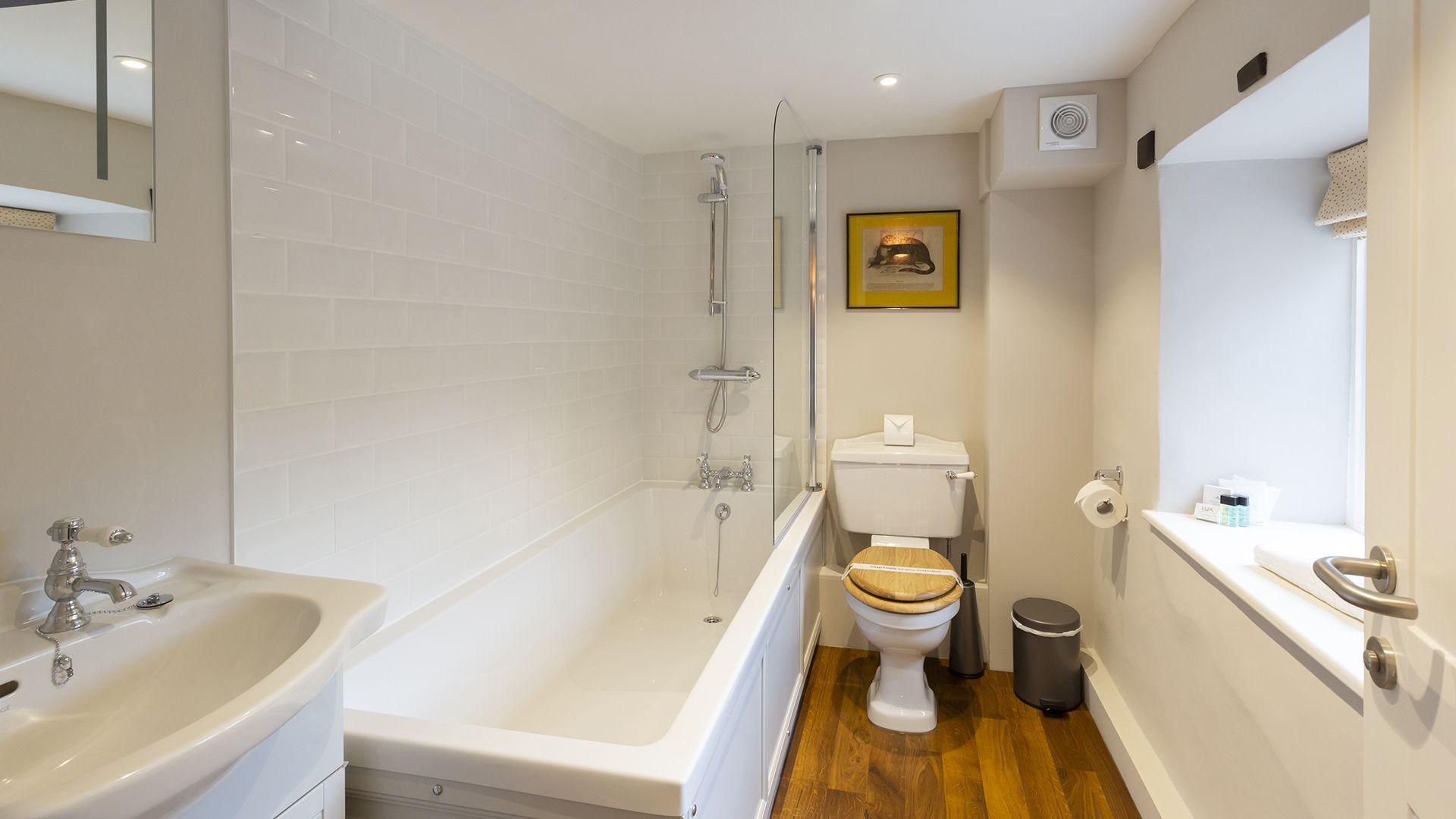 Bathroom, 14 Vineyard Street, Bolthole Retreats