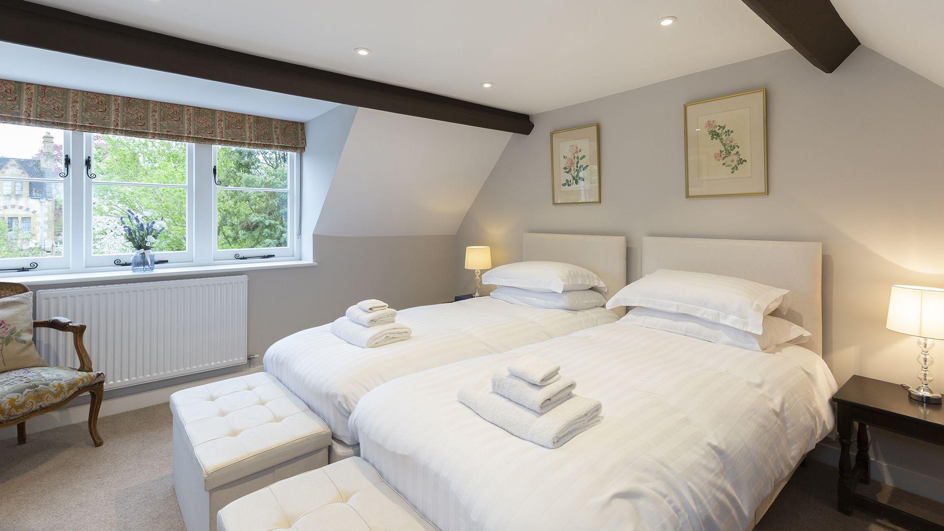 Twin bedroom, 14 Vineyard Street, Bolthole Retreats