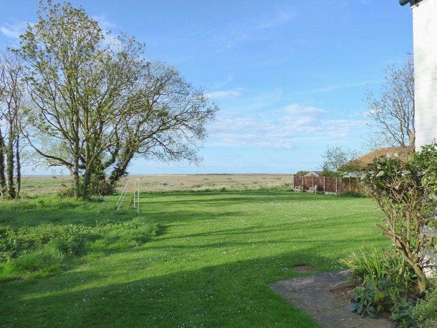 Coastguard's Cottage | Garden