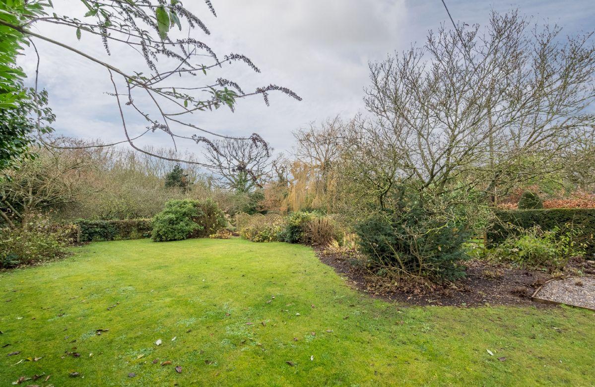 Beautiful  private enclosed garden