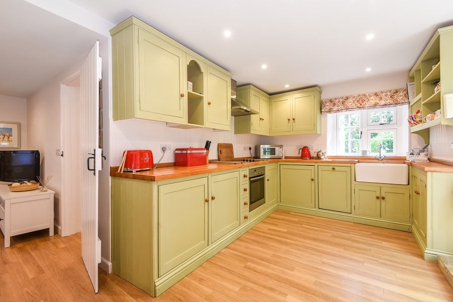 Apple Tree Cottage | Kitchen
