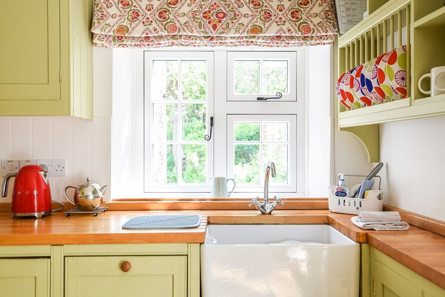Apple Tree Cottage | Kitchen sink