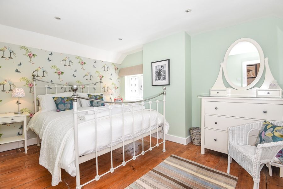 Apple Tree Cottage | Bedroom 1