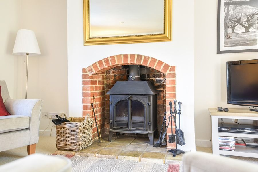 Apple Tree Cottage | Woodburner
