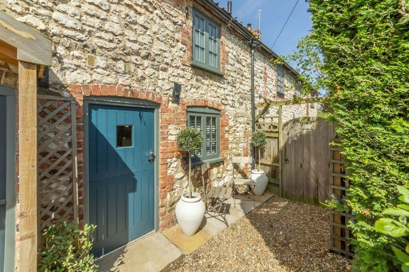No. 33 Cottage 2