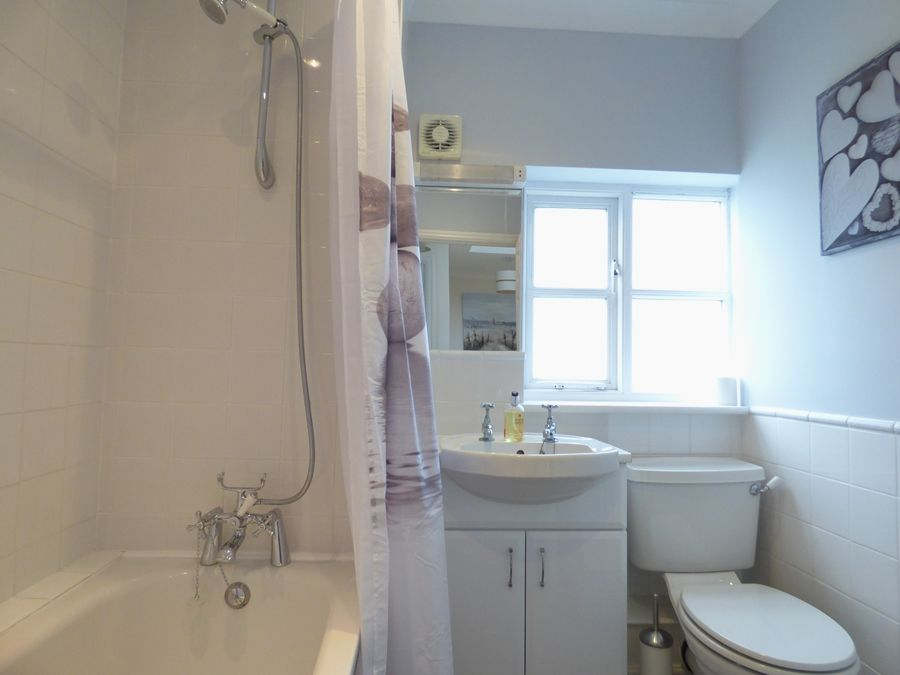 Ethelbert House | Bathroom