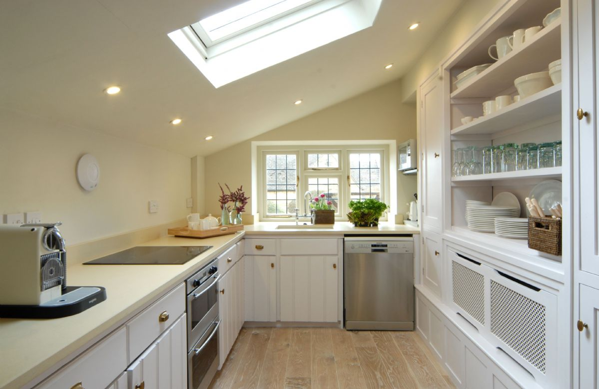 Ground floor: Fully fitted kitchen
