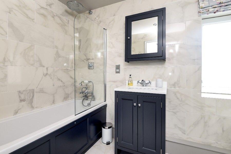 Samphire Barn | Bathroom