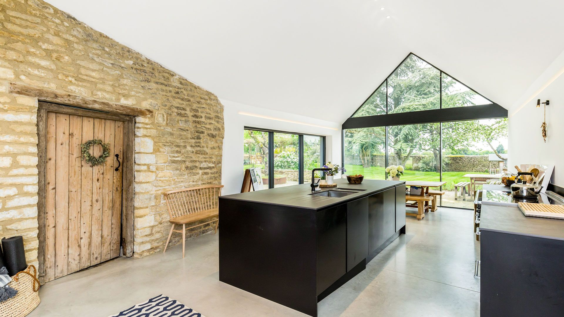 Church Farmhouse Kitchen - StayCotswold