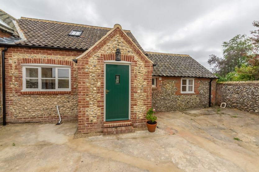 Gallery Cottage