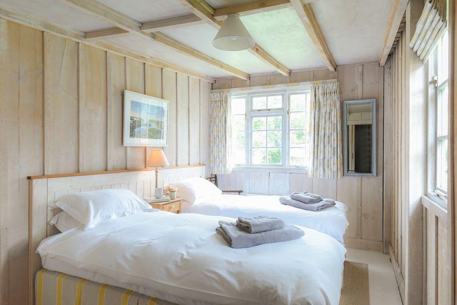 Flagstaff Garden House   Bedroom