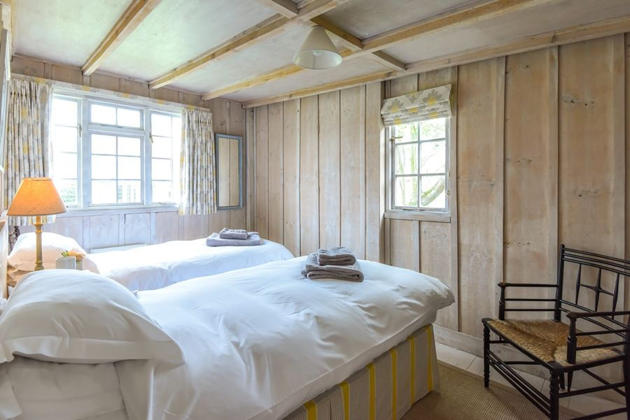 Norfolk Holiday Cottage To Rent In Burnham Overy Staithe